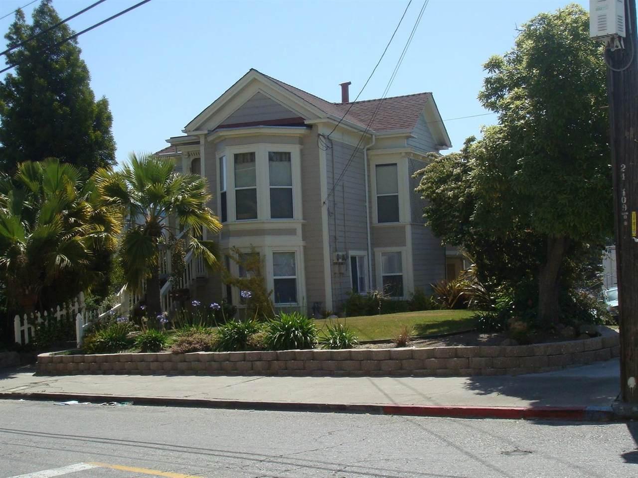3106 13th Avenue - Photo 1