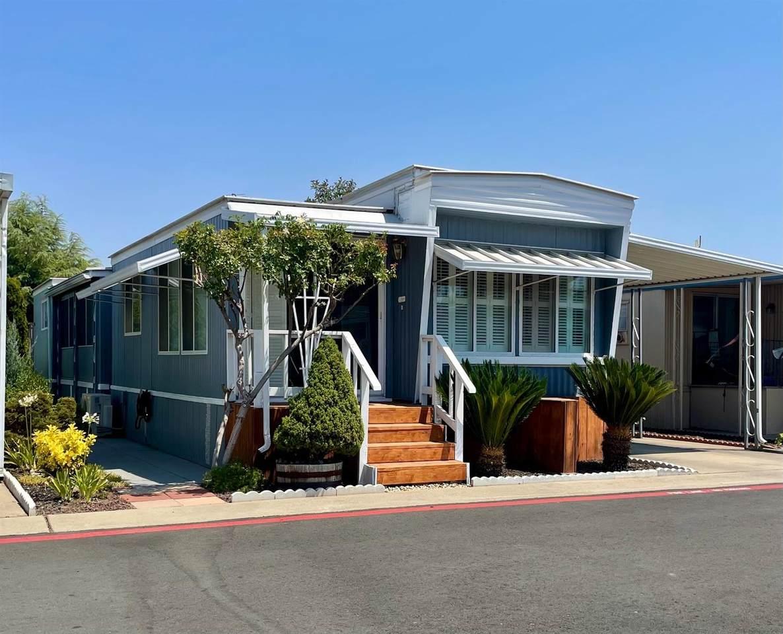 471 Almond Drive - Photo 1