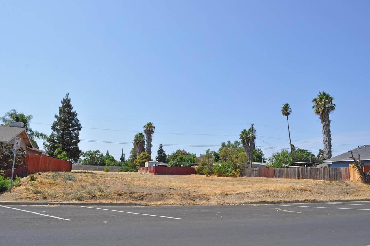 3718 Sierra Street - Photo 1