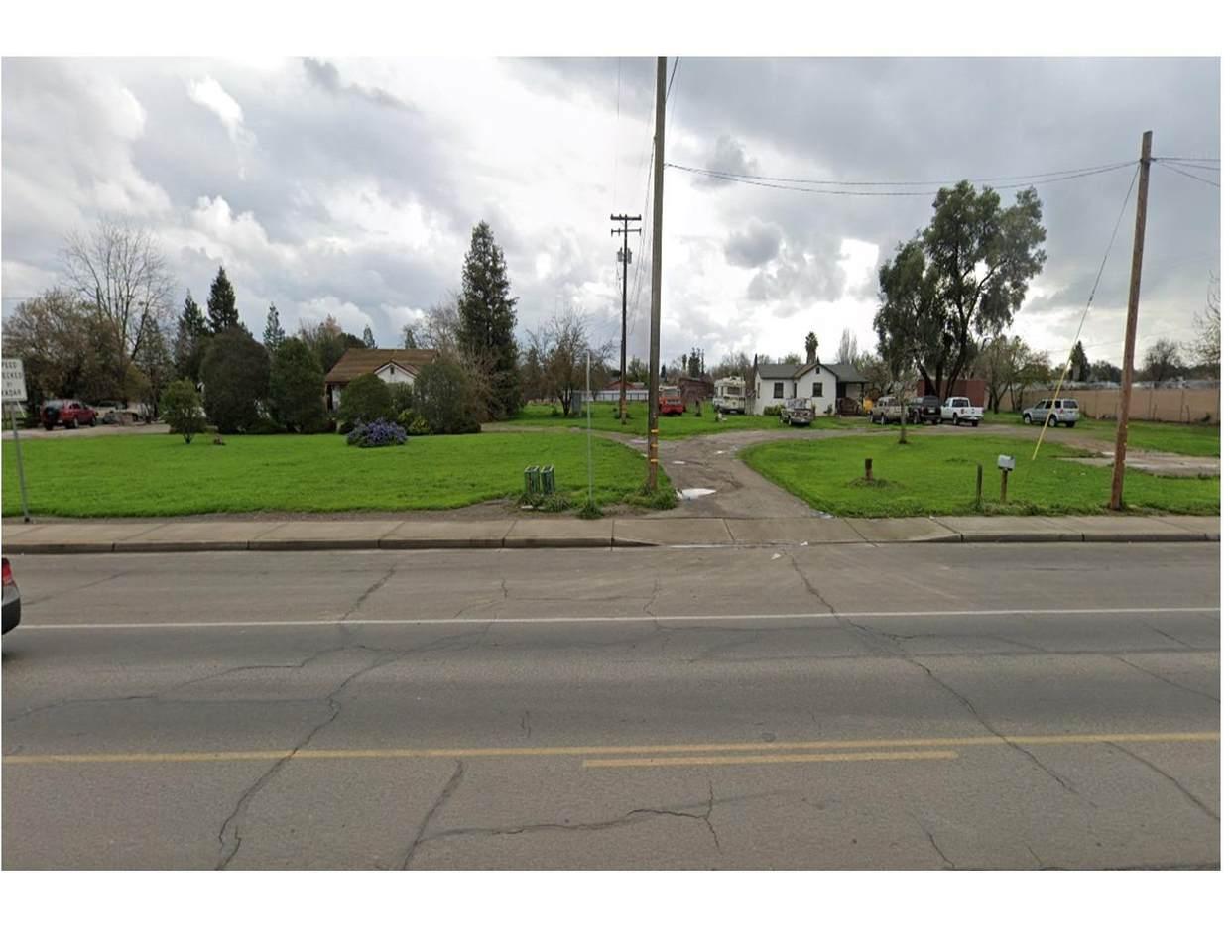 4400 Main Street - Photo 1