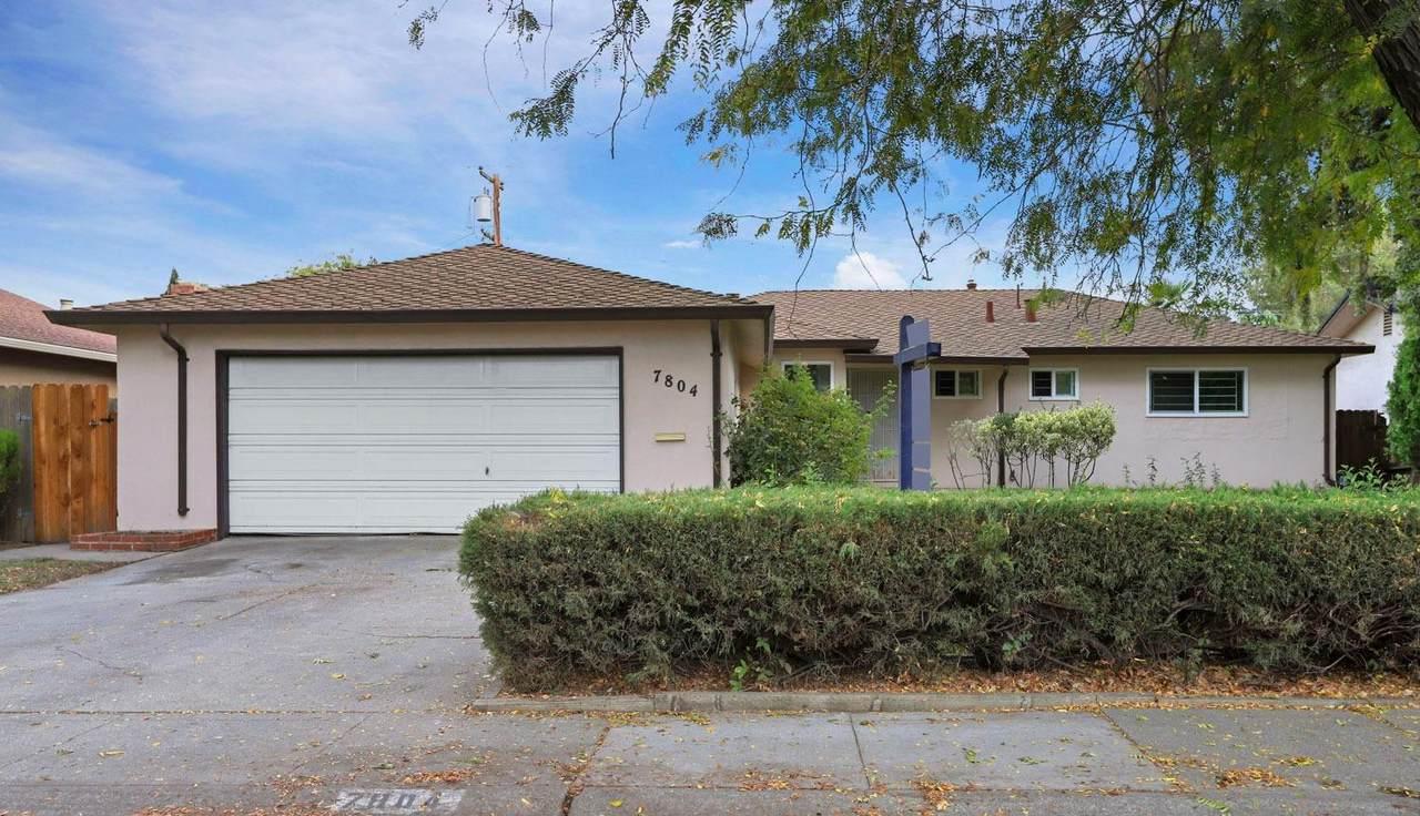 7804 Rosewood Drive - Photo 1