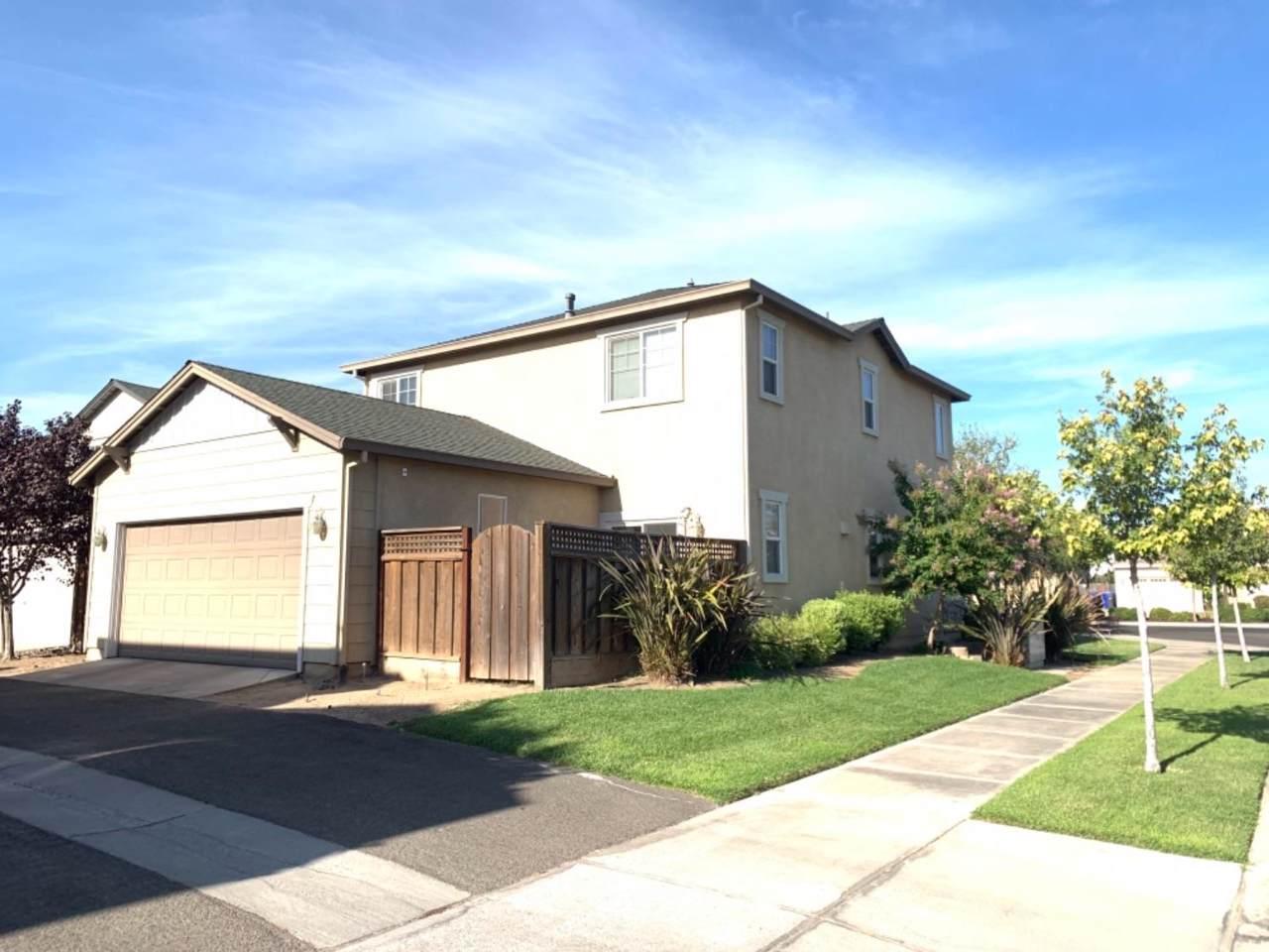 4220 Berkeley Avenue - Photo 1