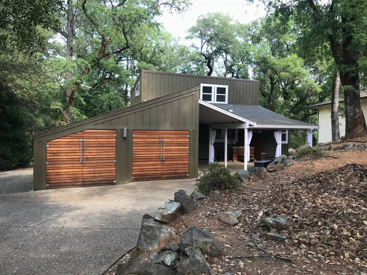 19072 Lake Forest Drive - Photo 1