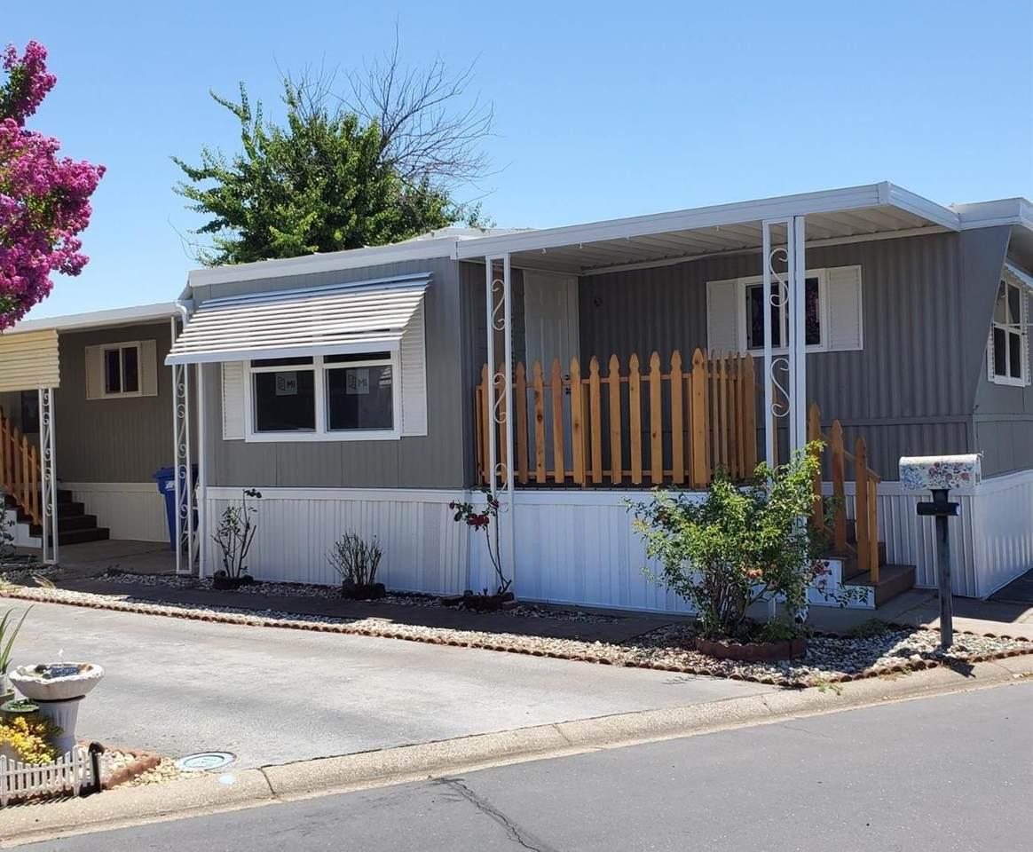 317 Sunny Hills Drive - Photo 1