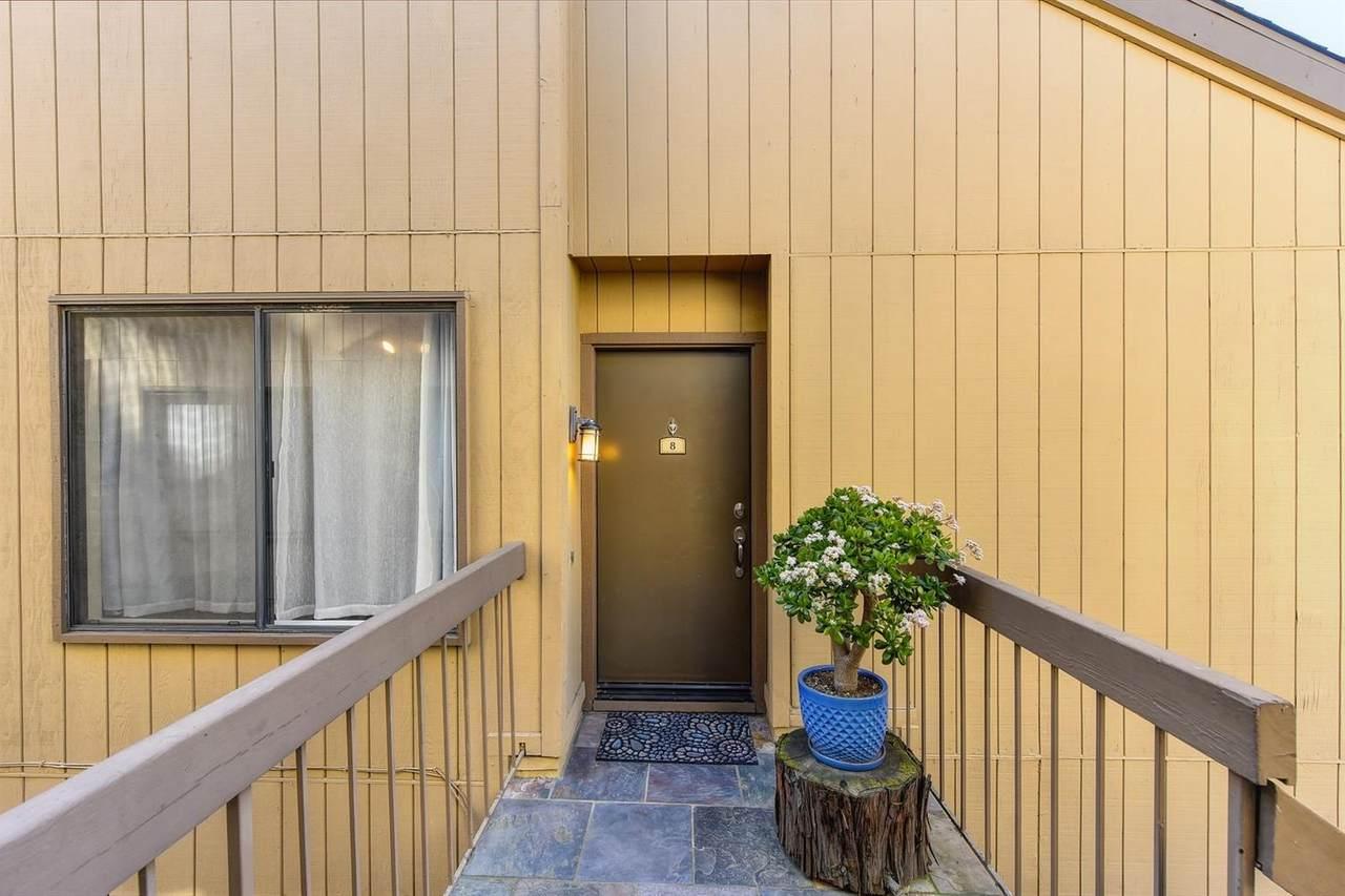 548 Woodside Oaks - Photo 1