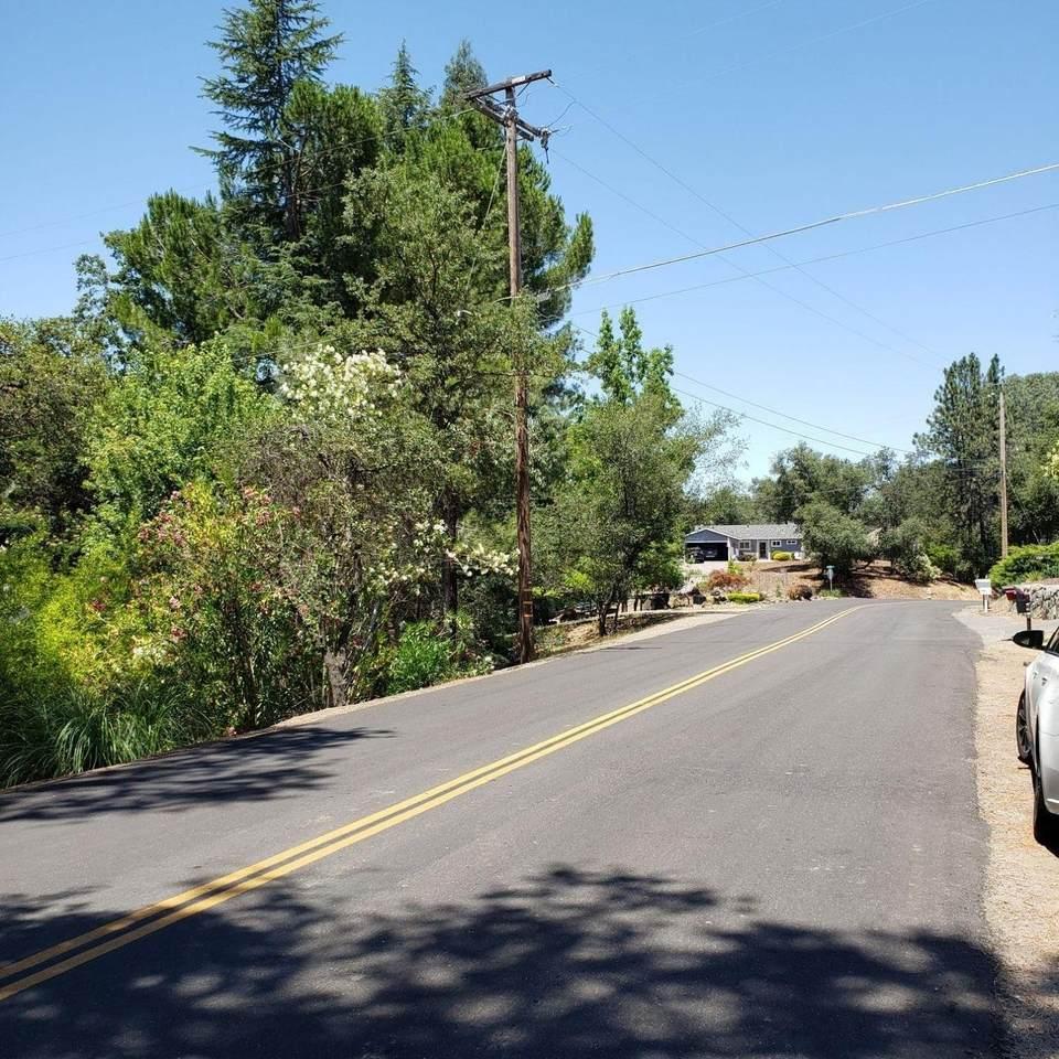 1591 Lakehills Drive - Photo 1