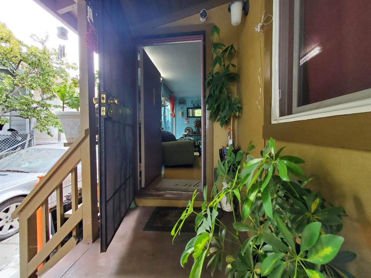 120 Chanslor Avenue - Photo 1