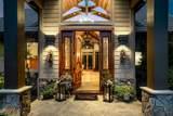 1470 Lodge View Drive - Photo 3