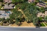 3880 Greenview Drive - Photo 3