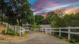 1660 Crockett Road - Photo 2