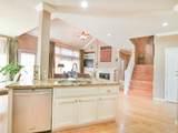 8004 Auburn Oaks Village Ln - Photo 18