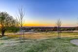 900 Valley View Circle - Photo 73