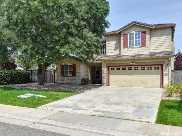 9625 Misty Blue Ct., Elk Grove, CA 95757 (MLS #17029153) :: Michelle Wong & Anna Huang Remax Team