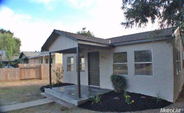 325 C Street, Waterford, CA 95386 (MLS #17039206) :: Peek Real Estate Group - Keller Williams Realty