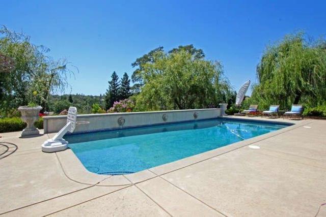 3012 Lennox Drive, El Dorado Hills, CA 95762 (MLS #17040096) :: Keller Williams Realty