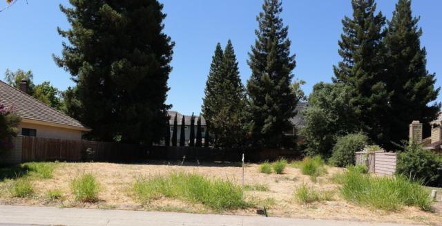 7706 Rio Estrada Way, Sacramento, CA 95831 (MLS #17047371) :: The Merlino Home Team