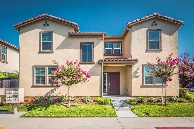 8145 Astaire Lane, Fair Oaks, CA 95628 (MLS #17052662) :: Keller Williams Realty