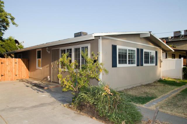 214 N Elm Avenue, Ripon, CA 95366 (MLS #17053351) :: The Del Real Group