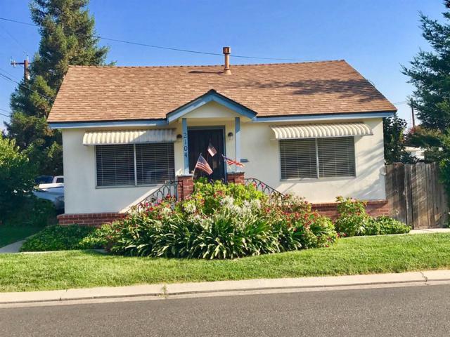 2104 California Street, Escalon, CA 95320 (MLS #17054186) :: The Del Real Group