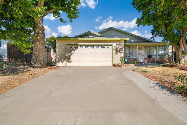 7209 Rollingwood Boulevard, Citrus Heights, CA 95621 (MLS #17061050) :: Keller Williams - Rachel Adams Group