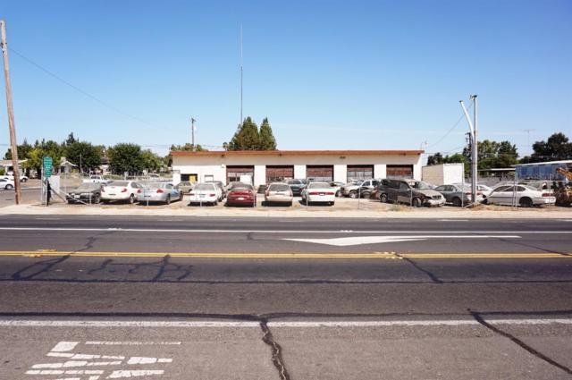 3301 Atchison Street, Riverbank, CA 95367 (MLS #17061081) :: The Del Real Group