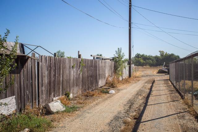 5735 66th Street, Sacramento, CA 95824 (MLS #17063373) :: Keller Williams Realty