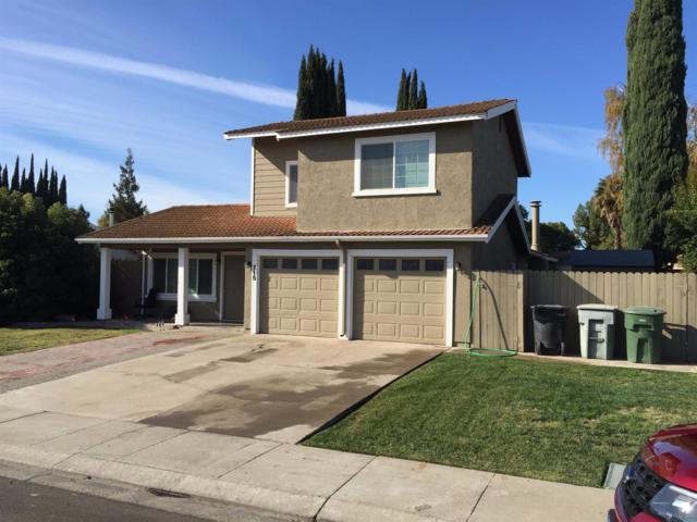 715 S Wilma Avenue, Ripon, CA 95366 (MLS #17072319) :: The Del Real Group