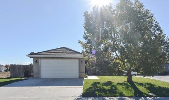 1840 Nehemiah Drive, Manteca, CA 95336 (MLS #17072880) :: The Del Real Group