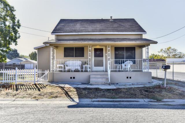 121 E 7th Street, Lincoln, CA 95648 (MLS #17073010) :: Keller Williams - Rachel Adams Group