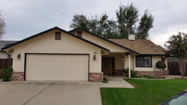1225 Greenhaven, Oakdale, CA 95361 (MLS #17073379) :: The Del Real Group