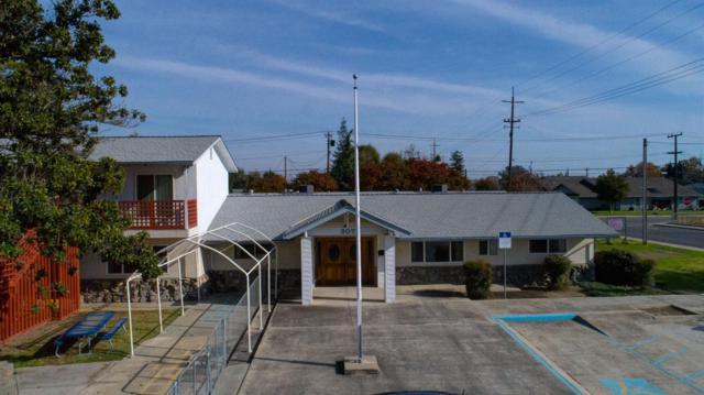 907 Davis Drive, Manteca, CA 95337 (MLS #17073934) :: The Del Real Group