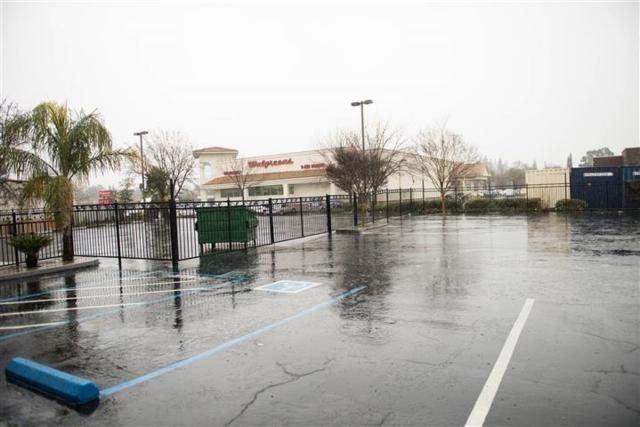 5804 Marconi Avenue, Carmichael, CA 95608 (MLS #18002048) :: SacramentoFindAHome.com at RE/MAX Gold