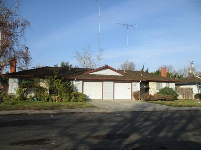 2225 Surrey Avenue, Modesto, CA 95355 (MLS #18003391) :: The Del Real Group