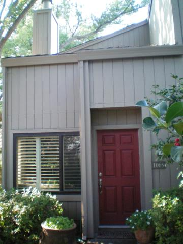 1065 Commons Drive, Sacramento, CA 95825 (MLS #18006454) :: Keller Williams - Rachel Adams Group