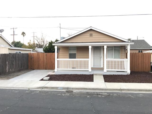 407 Stockton Street, Manteca, CA 95337 (MLS #18006531) :: Keller Williams - Rachel Adams Group