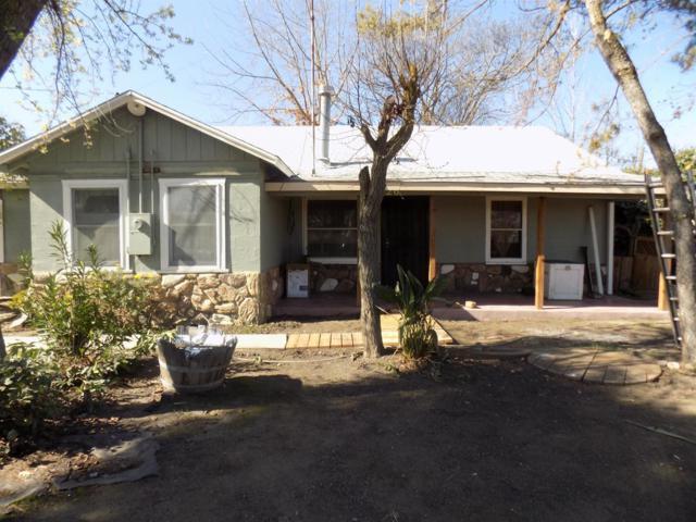 1326 Dos Palos Avenue, Dos Palos, CA 93620 (MLS #18008031) :: Keller Williams - Rachel Adams Group