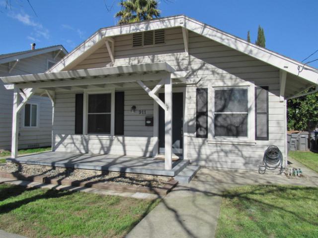911 Pendegast Street, Woodland, CA 95695 (MLS #18008479) :: Keller Williams - Rachel Adams Group