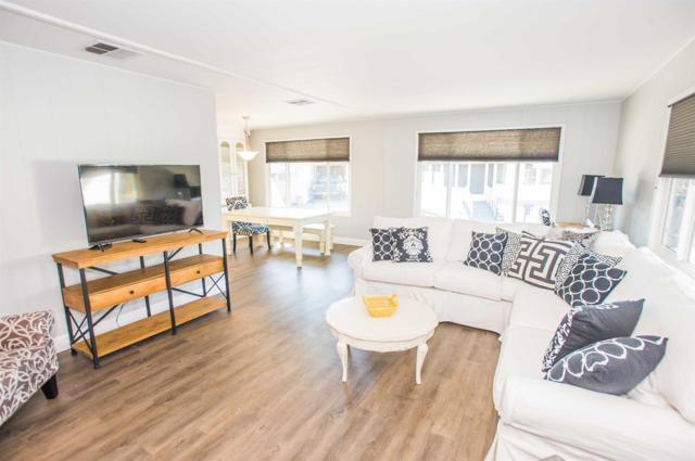 300 Sunny Hills Drive, Rancho Cordova, CA 95670 (MLS #18009316) :: Keller Williams - Rachel Adams Group