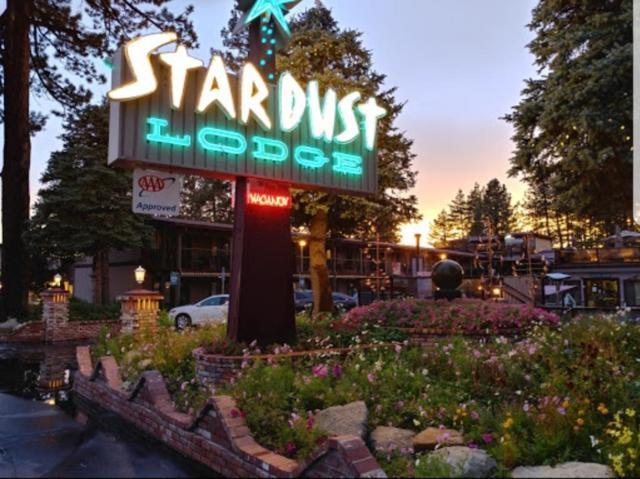 4061 Lake Tahoe Blvd., South Lake Tahoe, CA 96150 (MLS #18011032) :: Heidi Phong Real Estate Team