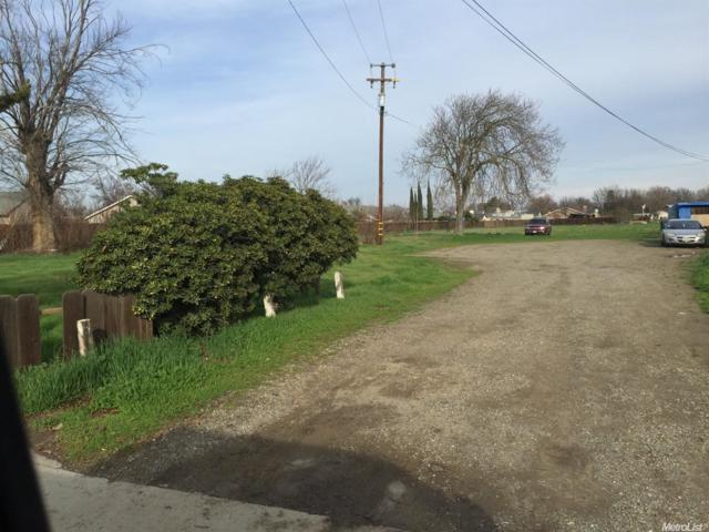 415 N1st, Patterson, CA 95363 (MLS #18011118) :: The Del Real Group