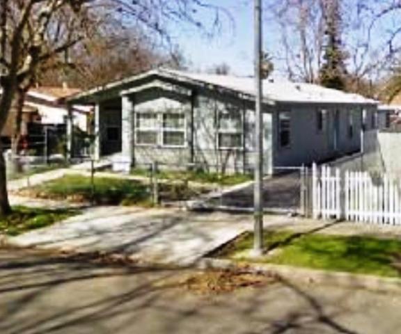 114 Oak Street, Modesto, CA 95351 (MLS #18014980) :: Dominic Brandon and Team
