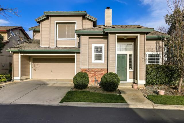 9569 Sunlight Lane, Elk Grove, CA 95758 (MLS #18016883) :: Heidi Phong Real Estate Team