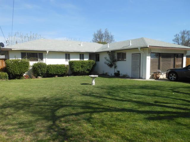 1811 Virginia Avenue, Dos Palos, CA 93620 (MLS #18017981) :: Heidi Phong Real Estate Team
