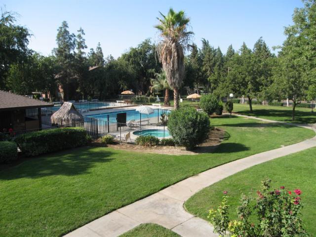 1190 S Winery Avenue #256, Fresno, CA 93727 (MLS #18019173) :: Keller Williams - Rachel Adams Group