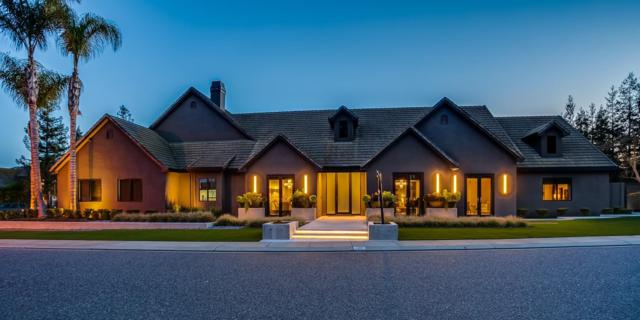 7008 Grove Pointe Court, Modesto, CA 95356 (MLS #18020310) :: The Merlino Home Team