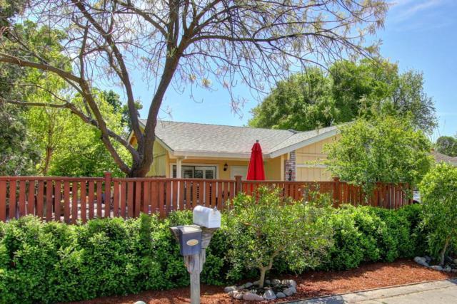 2418 E 8th Street, Davis, CA 95618 (MLS #18021943) :: Keller Williams - Rachel Adams Group