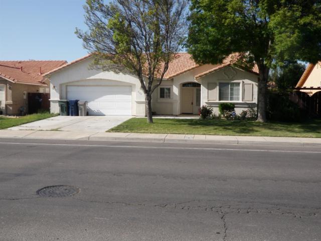 832 Willmott Avenue, Los Banos, CA 93635 (MLS #18022487) :: Keller Williams - Rachel Adams Group