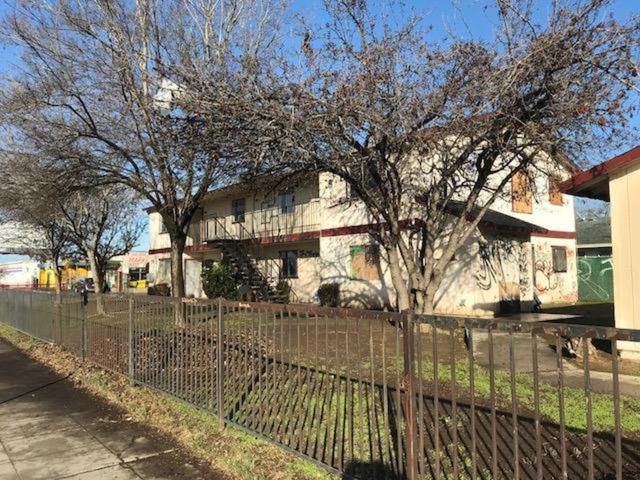 3333-3333 E Mckinley Avenue, Fresno, CA 93703 (MLS #18022556) :: Keller Williams - Rachel Adams Group