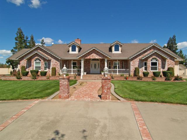 5029 Peach Blossom Lane, Oakdale, CA 95361 (MLS #18023936) :: The Yost & Noble Real Estate Team