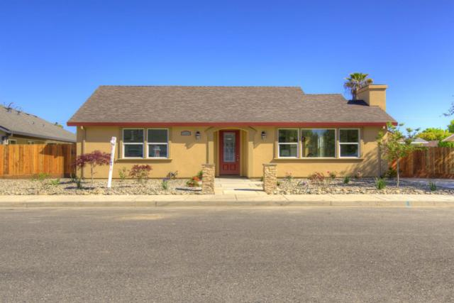 1262 Maple, Oakdale, CA 95361 (MLS #18025031) :: The Del Real Group